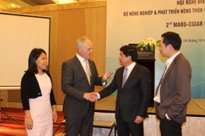 Vietnam agriculture officials and CGIAR draw up priorities for joint research in2018-2020